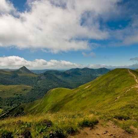Mont du Cantal  (c) Ludovic Laporte CABA